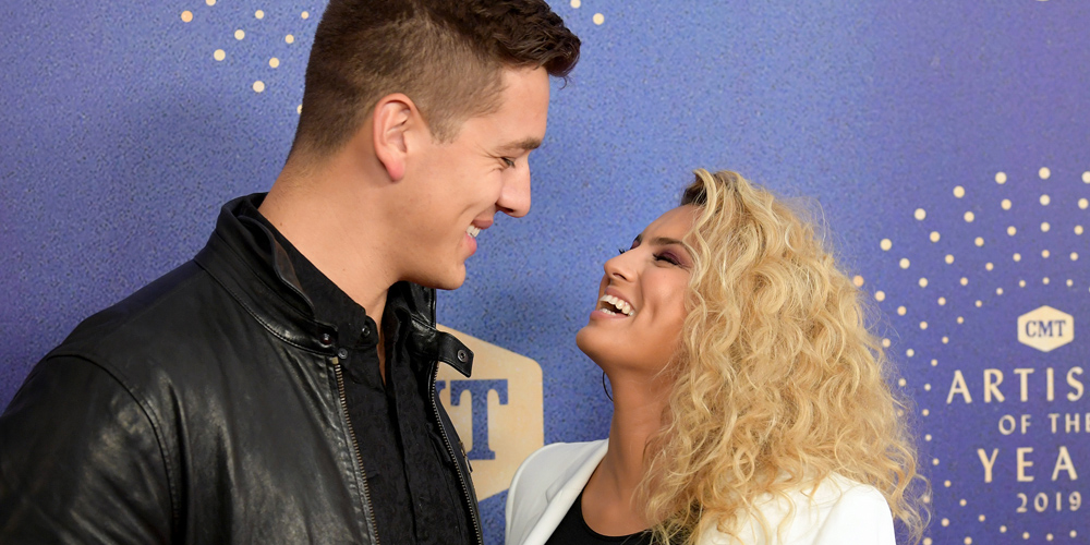 Tori Kelly Gets Sweet Kiss From Andre Murillo at CMT Artist of the Year 2019
