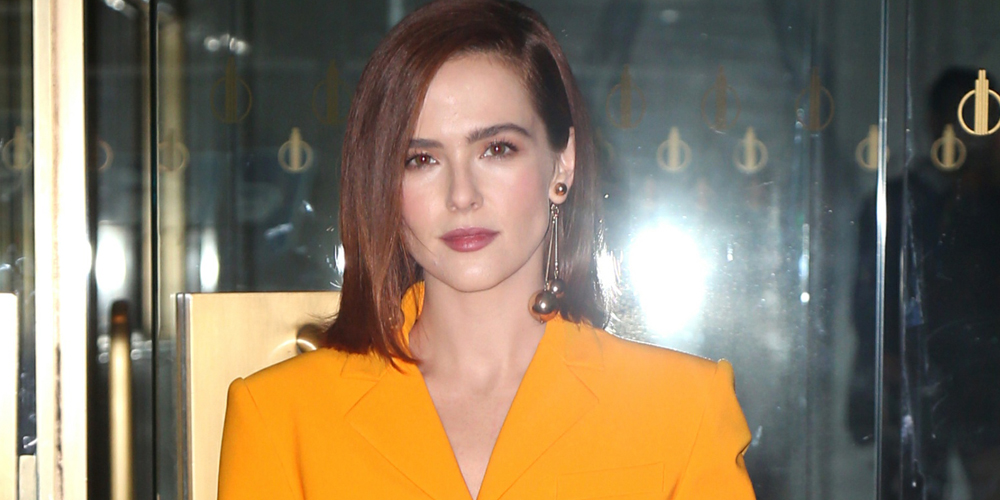 Zoey Deutch Just Revealed She Had Laryngitis The First Day She Had To Sing on 'The Politician'