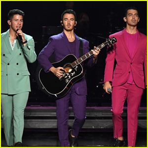 Jonas Brothers Release Christmas Track 'Like It's Christmas' - Listen Now!