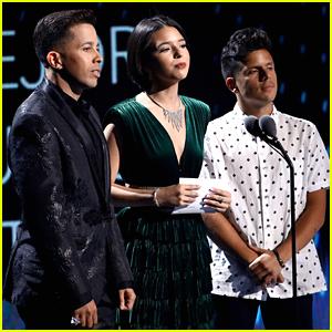 Rudy Mancuso Presents Best New Artist at Latin Grammy Awards 2019