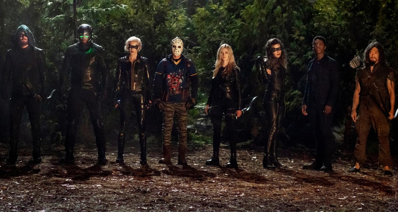 Team Arrow Takes On a Recognizable Villain In Tonight's 'Arrow' Fall Finale
