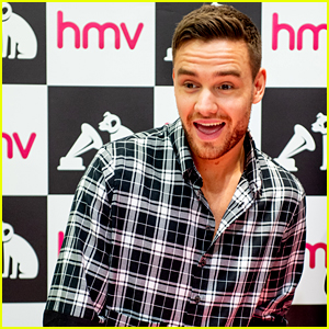 Liam Payne Signs Copies of 'LP1' for Manchester Fans