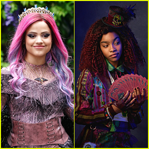 Sarah Jeffery & Jadah Marie Team Up For 'Descendants 3' Christmas Song 'Audrey's Christmas Rewind' - Stream, Download & Lyrics!