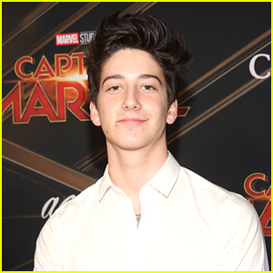 Milo Manheim Would Take This Former Disney Channel Star To 'Zombies' 'Prawn'