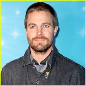 Stephen Amell Gets Candid After Suffering a Panic Attack During an Interview