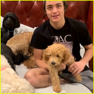 Asher Angel Answers Personal Questions, Talks Annie LeBlanc & Justin Bieber (Video)