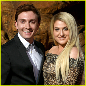 Meghan Trainor Has The Best Quarantine Guitar Player For Virtual Concerts - Hubby Daryl Sabara!