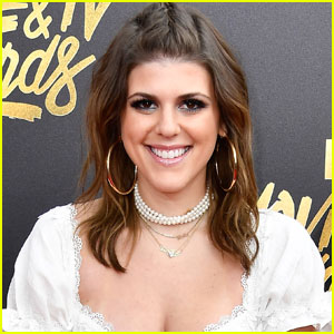 'Awkward' Star Molly Tarlov Expecting First Child With Husband Alexander Noyes
