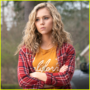 Brec Bassinger Moves to Blue Valley On 'DC's Stargirl' Series Premiere Tonight!