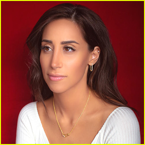 Danielle Jonas Dishes On Being In Jonas Brothers' Music Videos & Her Latest Jewelry Collection