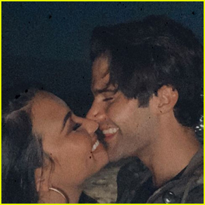 Demi Lovato Shares New 'Favorite' Pic with Boyfriend Max Ehrich!