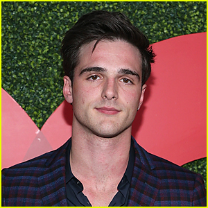 Jacob Elordi Reacts to Claims He Was Miserable While Filming 'The Kissing Booth 2'