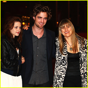 Would the 'Twilight' Director Do a 'Midnight Sun' Movie With Kristen Stewart & Robert Pattinson?