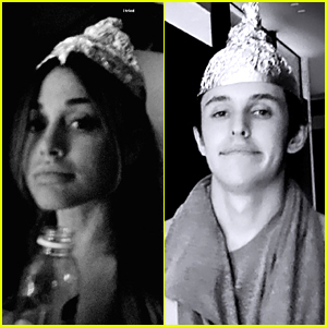 Ariana Grande & BF Dalton Gomez Try to Recreate Foil Hats From 'Signs' Movie