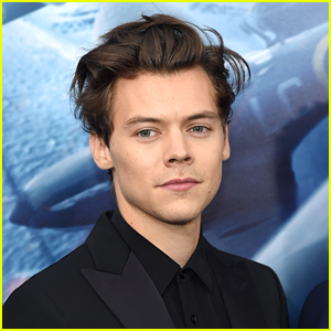 Harry Styles Lands First Billboard Hot 100 #1!