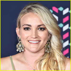 Jamie Lynn Spears Announces New Single 'Follow Me (Zoey 101)' With Premiere Event Featuring OG Stars & TikTok Stars!