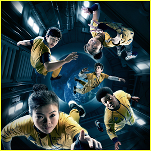 Miya Cech & Keith L Williams Star In 'The Astronauts' Trailer, Premieres In November