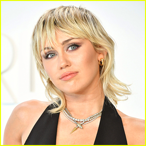 Miley Cyrus Signs New Record Deal On New Label!