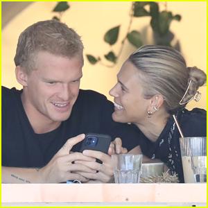 Cody Simpson & Girlfriend Marloes Stevens Look So Cute During Their Lunch Date!