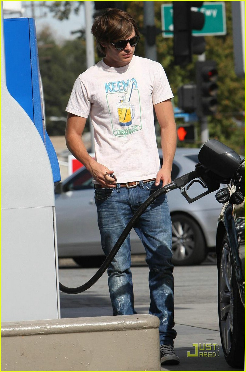 zac efron audi gas station 13