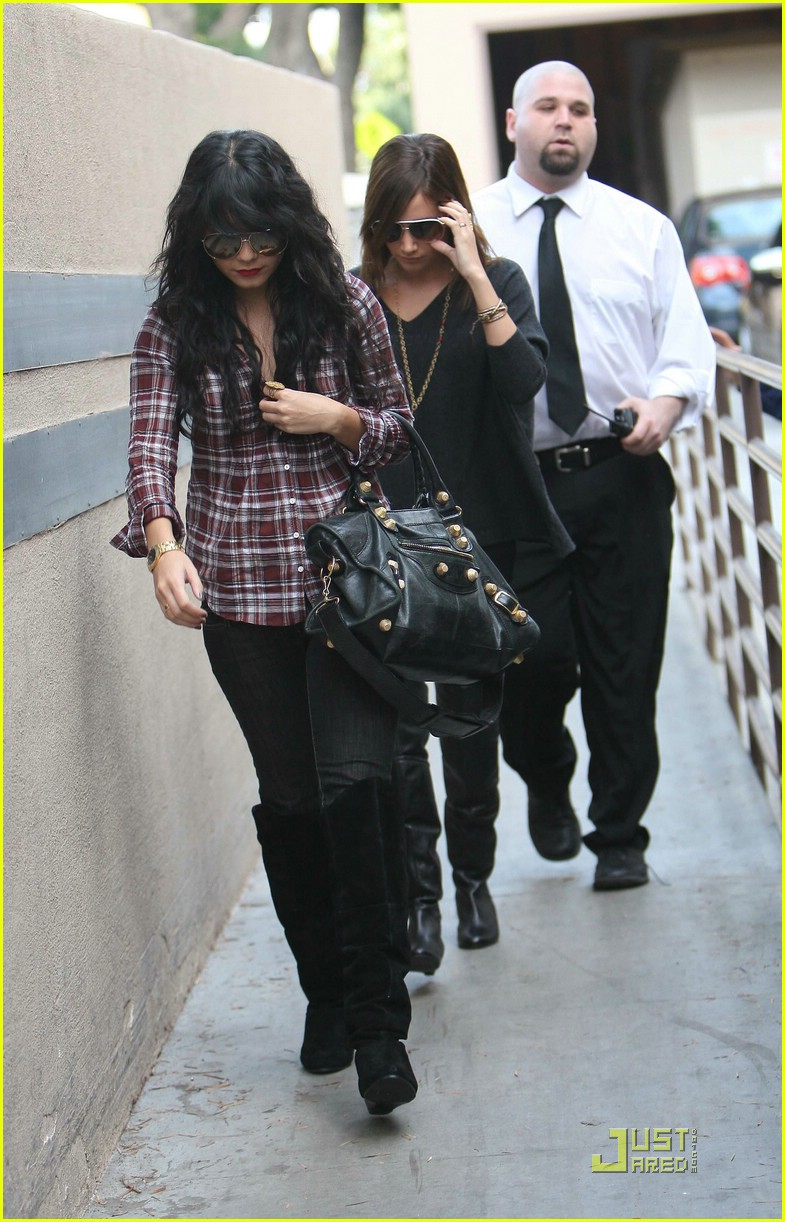 vanessa hudgens plaid 18