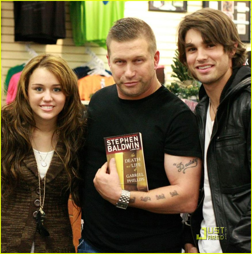 miley cyrus justin gaston stephen baldwin 06