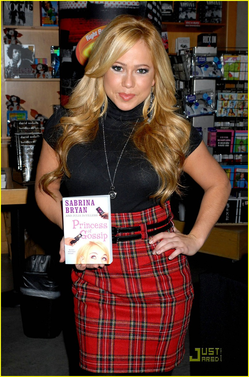 sabrina bryan princess gossip sign 03