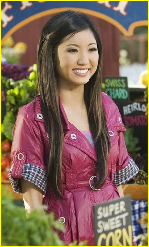 brenda song pass the plate 05