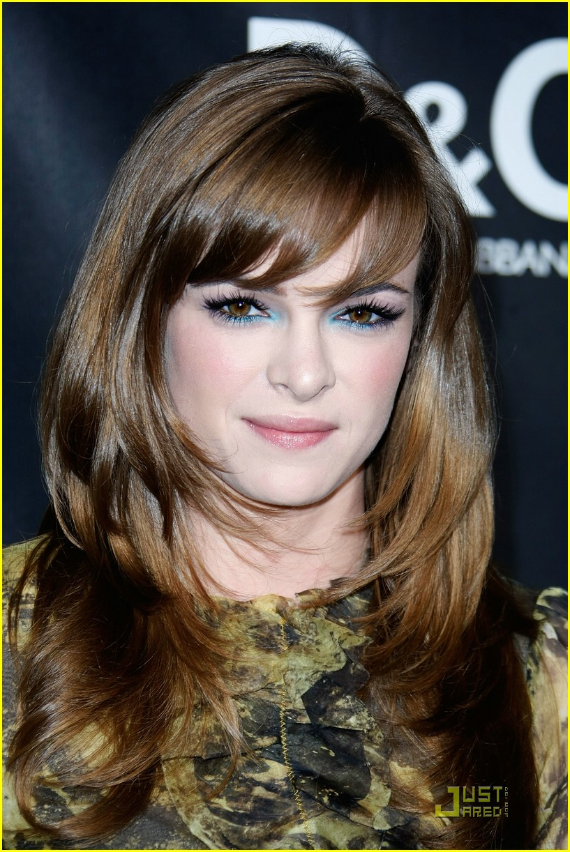 danielle panabaker dolce gabbana 08