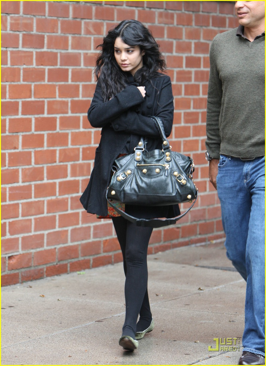 vanessa hudgens business meeting 03