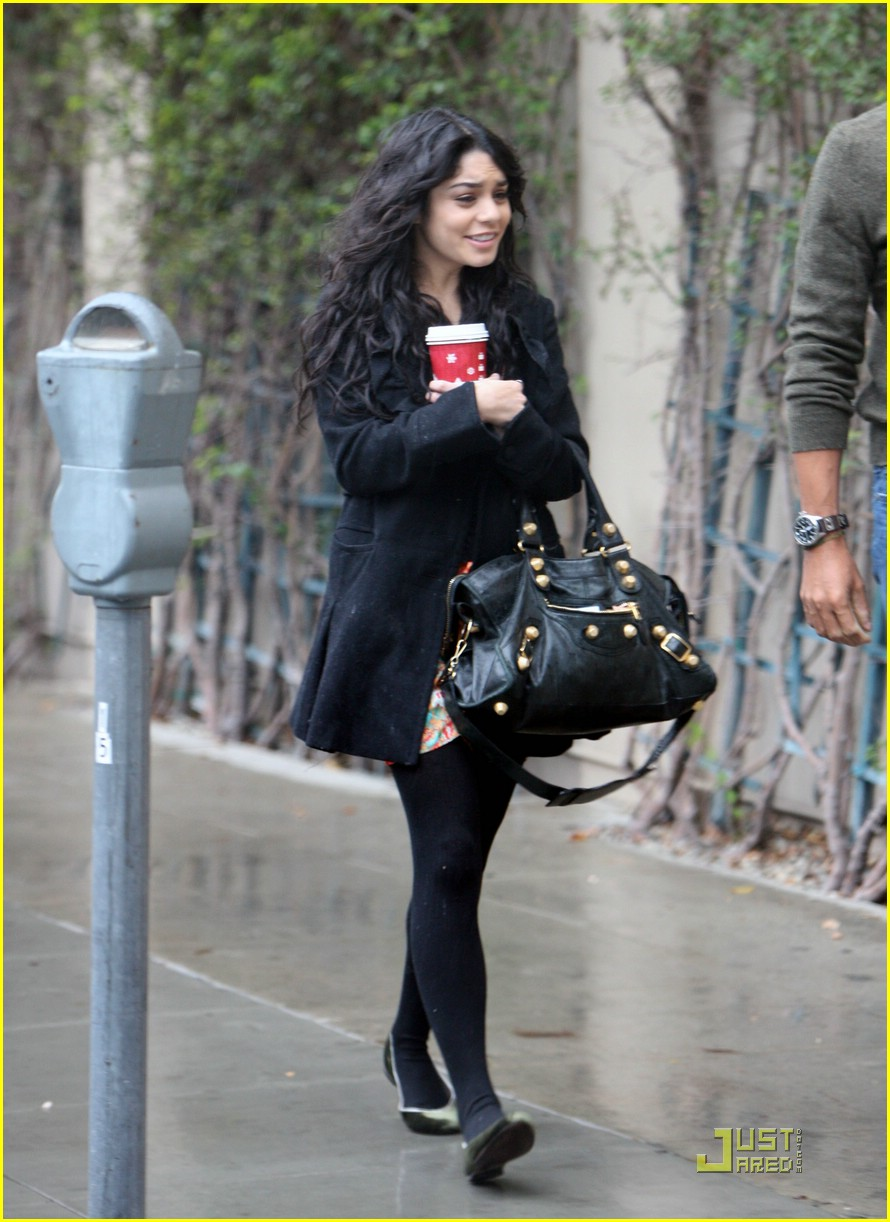 vanessa hudgens business meeting 07