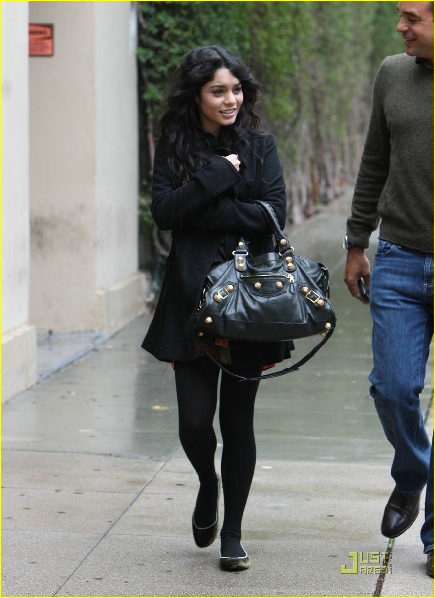 vanessa hudgens business meeting 17