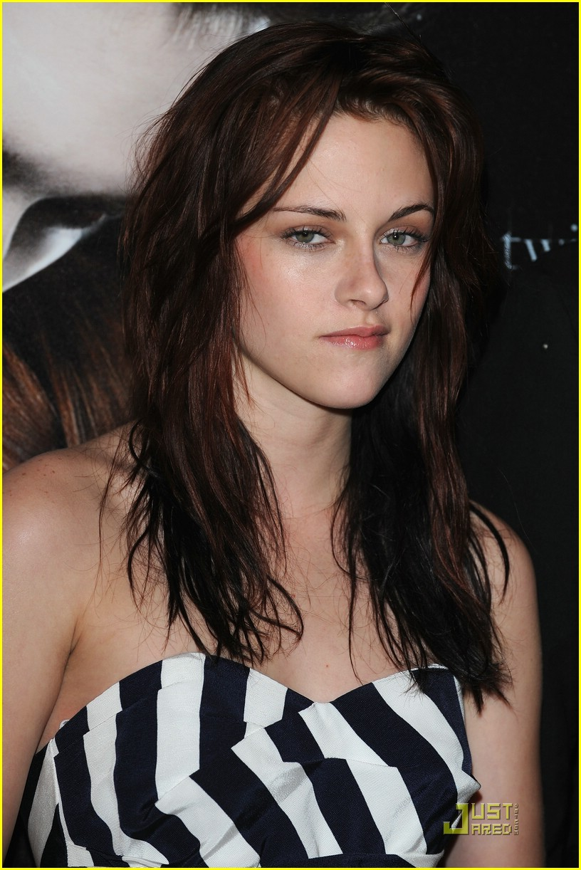 kristen stewart twilight paris 21