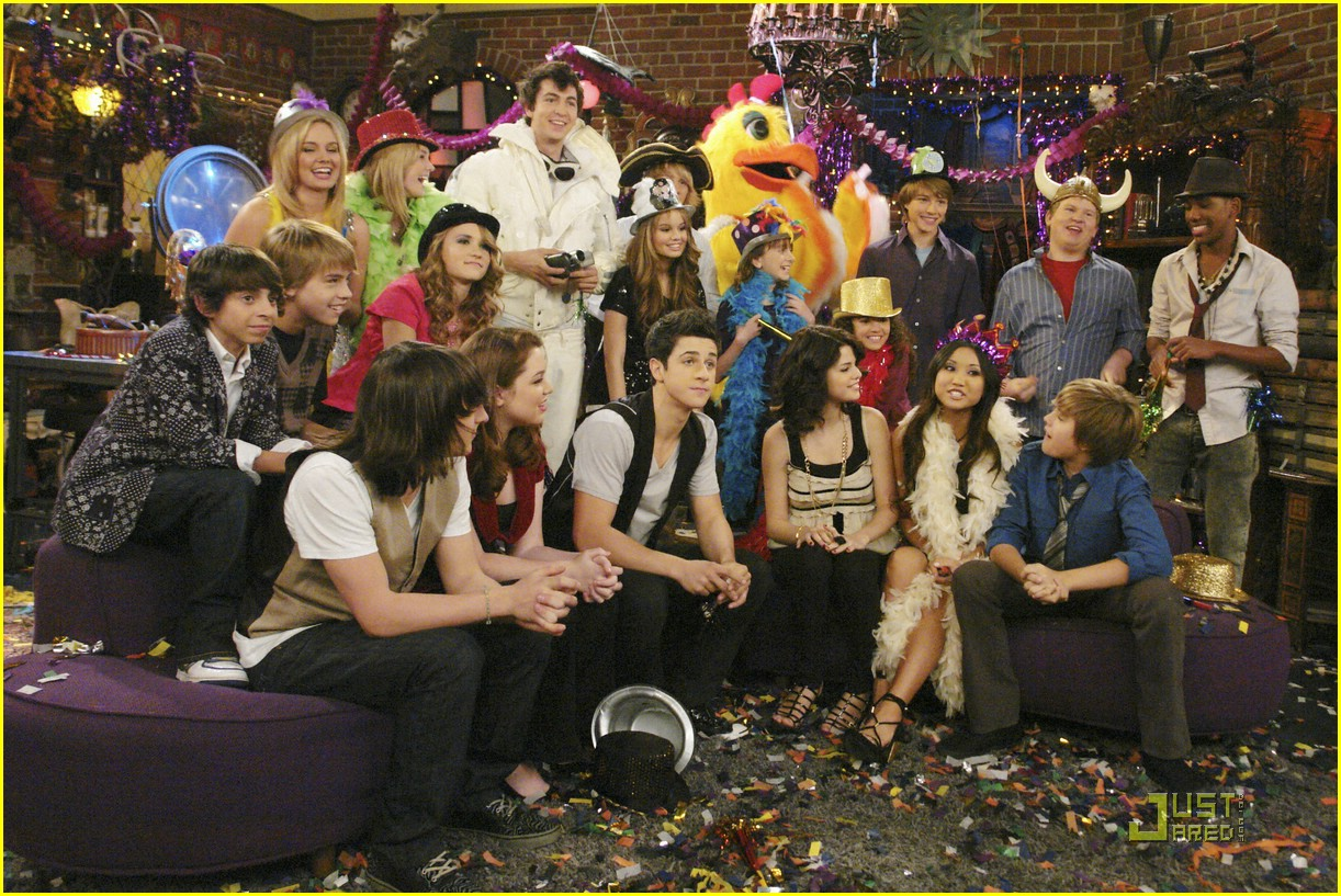 wizards waverly place totally new year 17