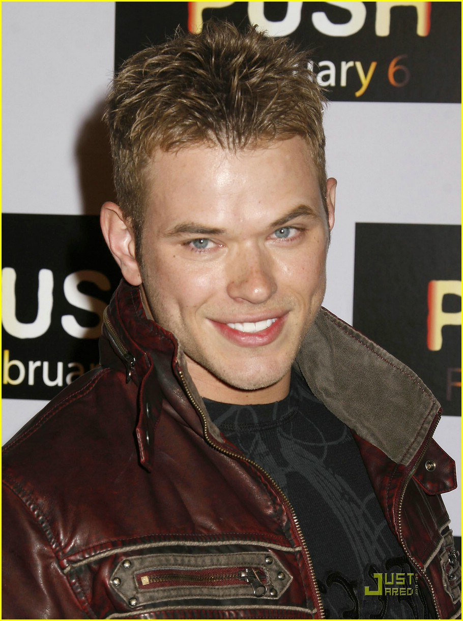 ashley greene kellan lutz push 21