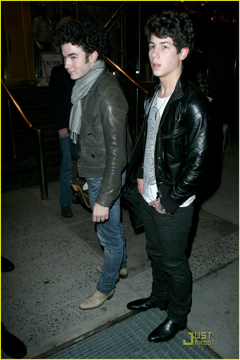 jonas brothers manhattan hotel 15