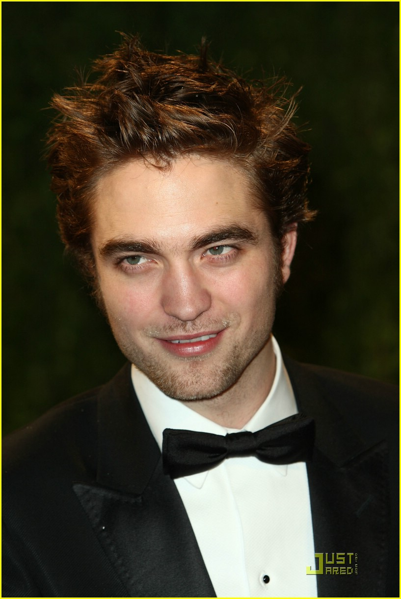 robert pattinson oscar party 12