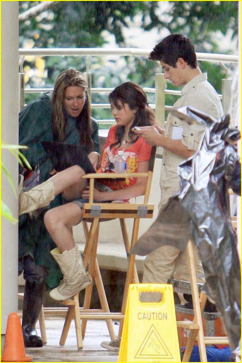 selena gomez david henrie wizards set 07