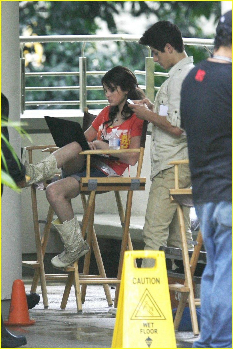 selena gomez david henrie wizards set 08