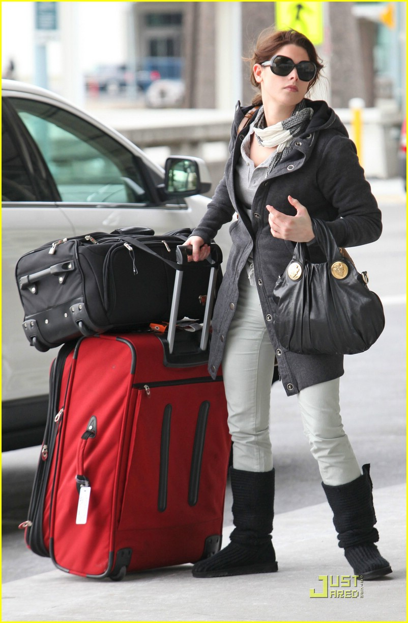 ashley greene travel teddy 10