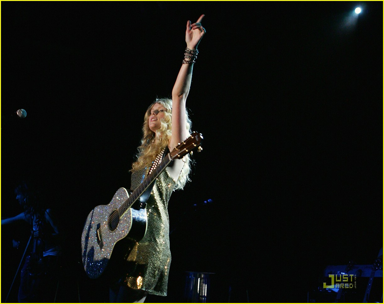 taylor swift sydney factory theatre 03