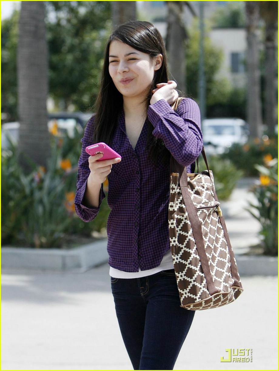miranda cosgrove math homework 01