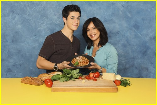 david henrie pamper mom 05