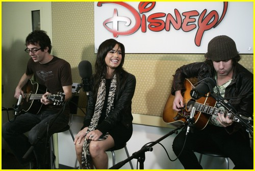 demi lovato radio disney 02