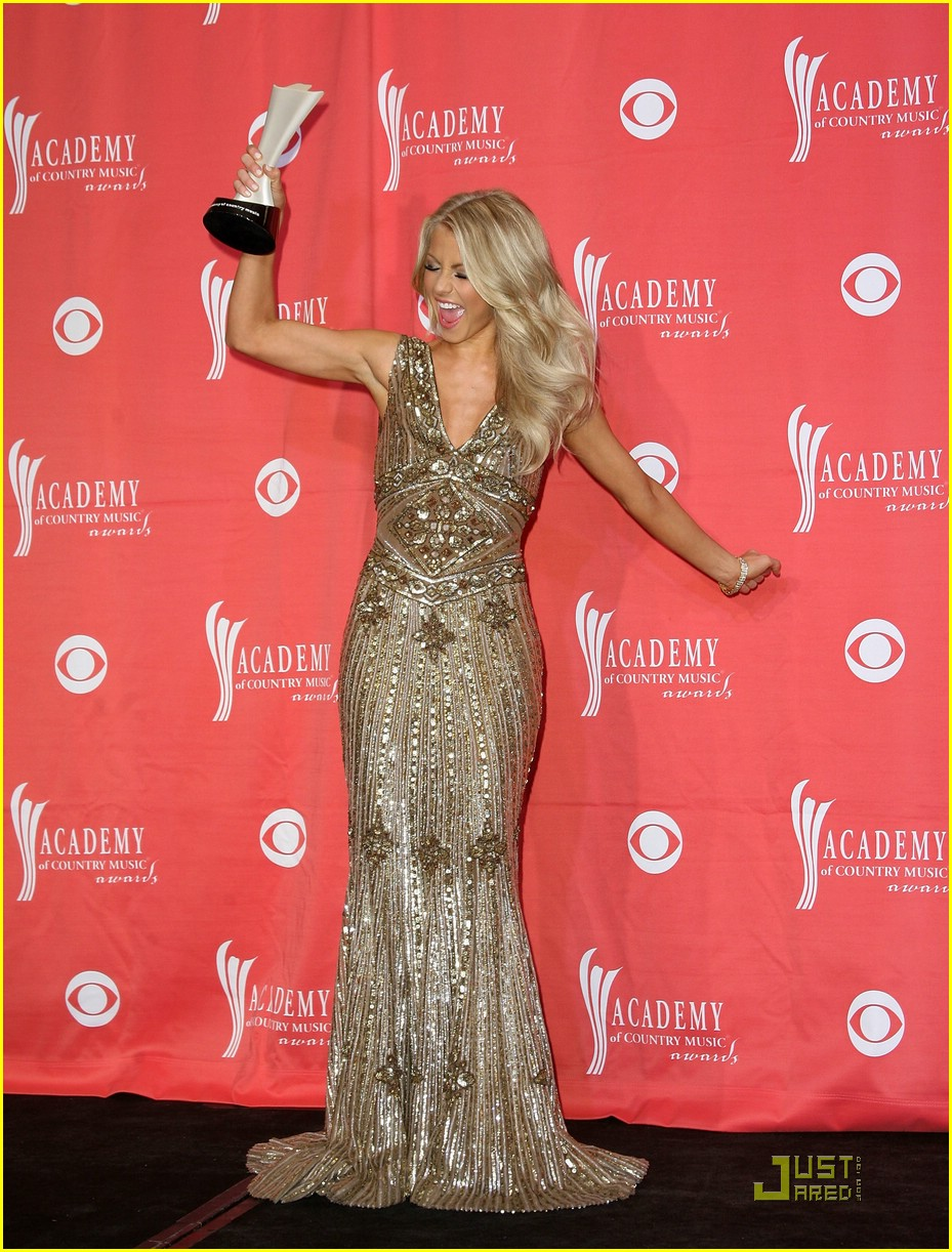 julianne hough acm winner 10