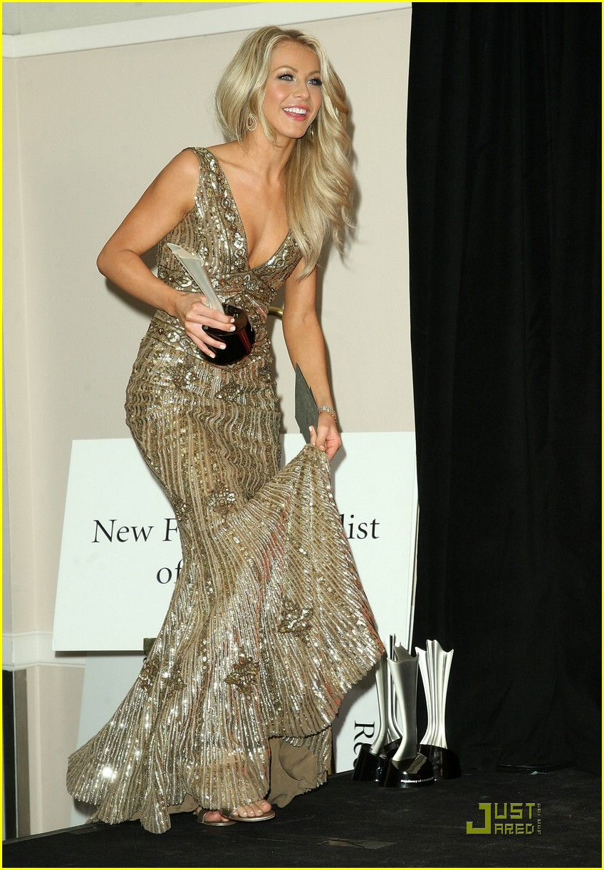 julianne hough acm winner 14