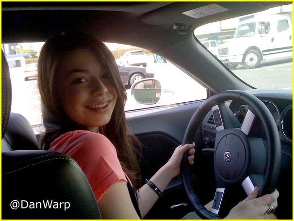 miranda cosgrove driving lesson 02