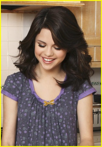 selena gomez mom happiness 02