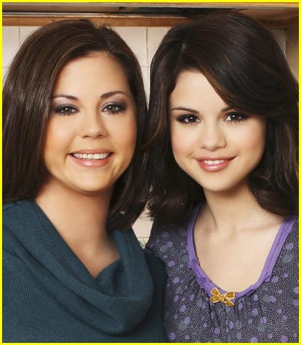 selena gomez mom happiness 06
