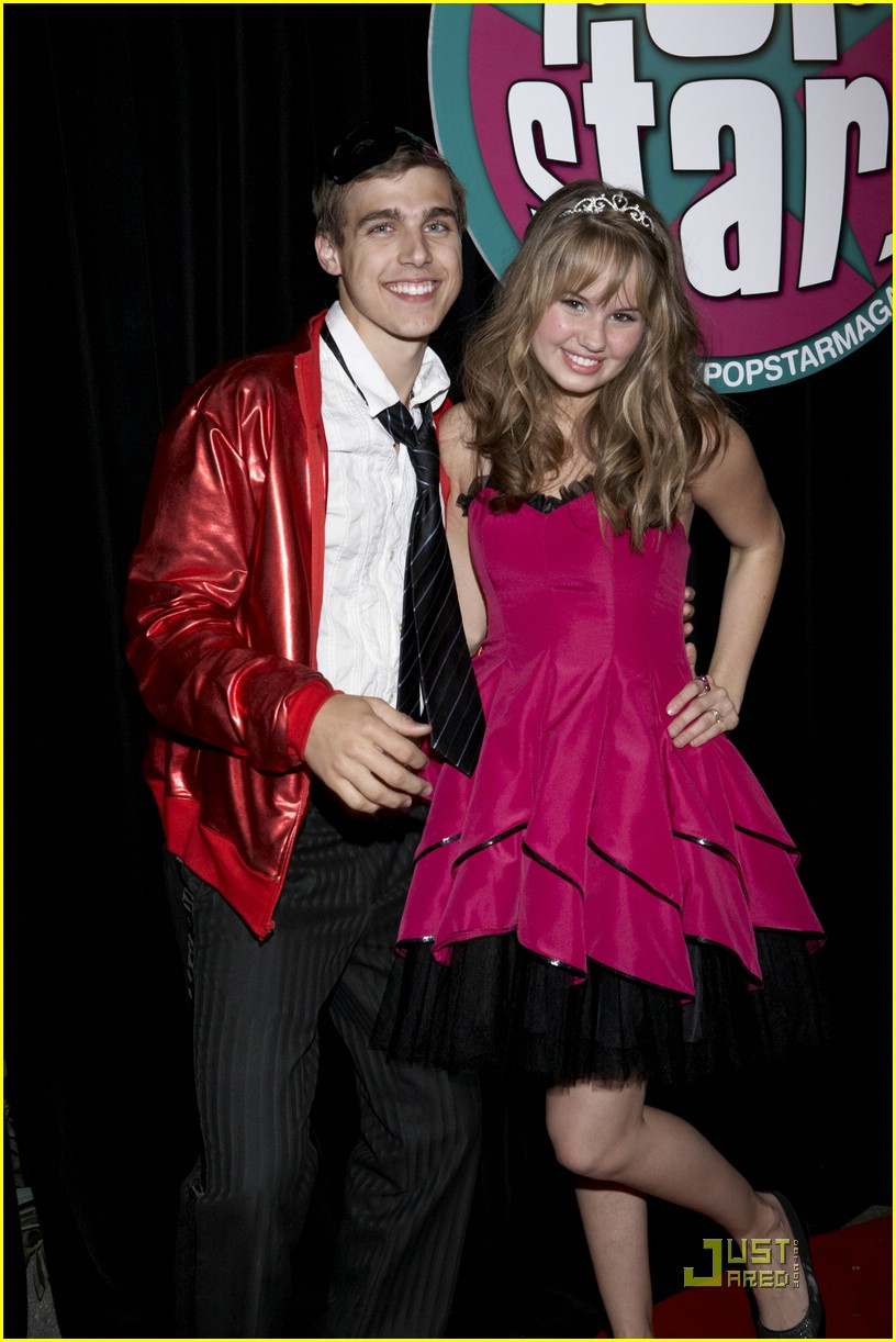 debby ryan queen ball 02